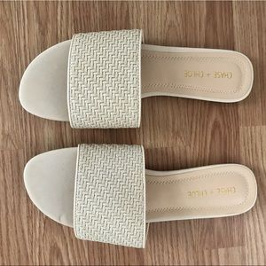 Chase and Chloe sandals size 10